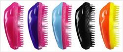 BLOG-Spazzolare i capelli con delicatezza.